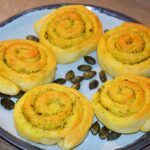 Kmetija Vlaj domače bučno olje recept polžki z domačim bučnim oljem slastno domače